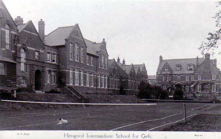 Hengoed-Girls-School