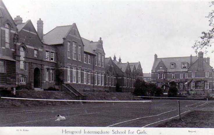 Hengoed-Girls-School